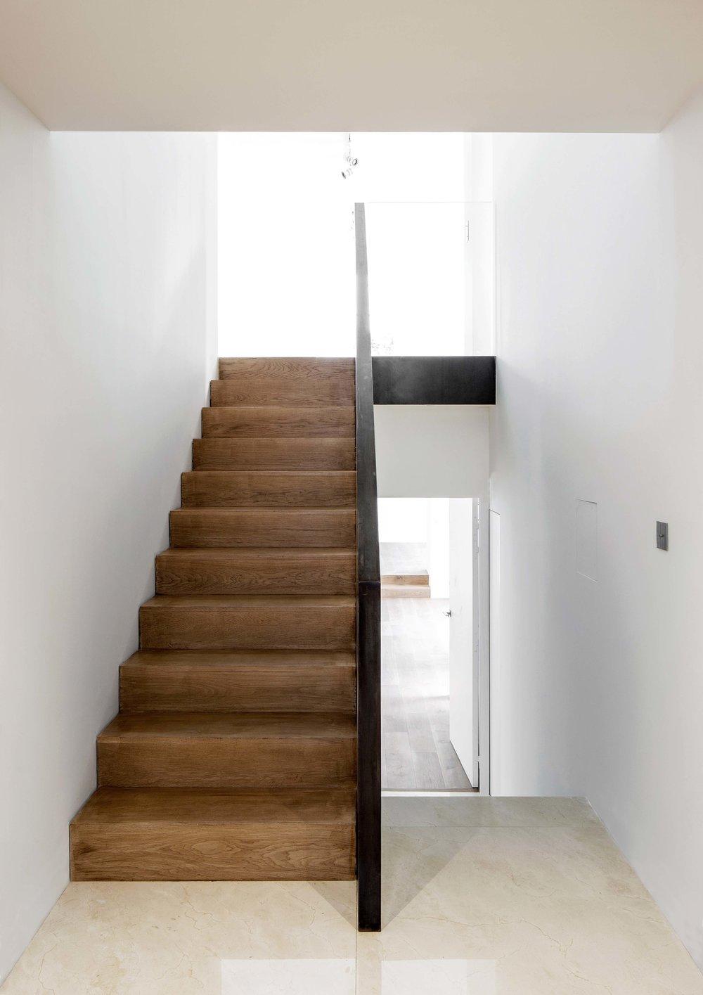 escalier intereur 1-qualité moyen.jpg