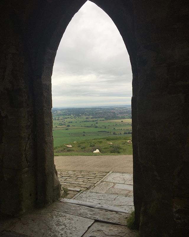 Have you ever walked on this piece of the earth you see in the picture? Let me know in the comments. If you've been there I am sure you know where this is. . #sisterhood #tor #glastonburytor