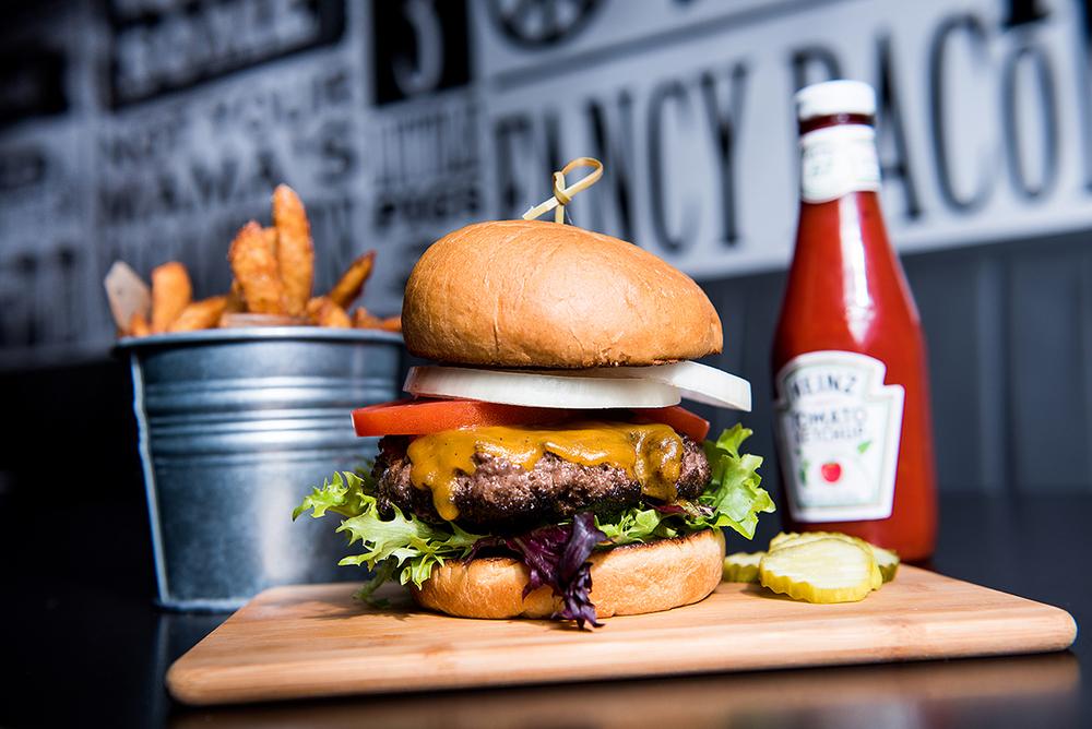 JCD burger web.jpg