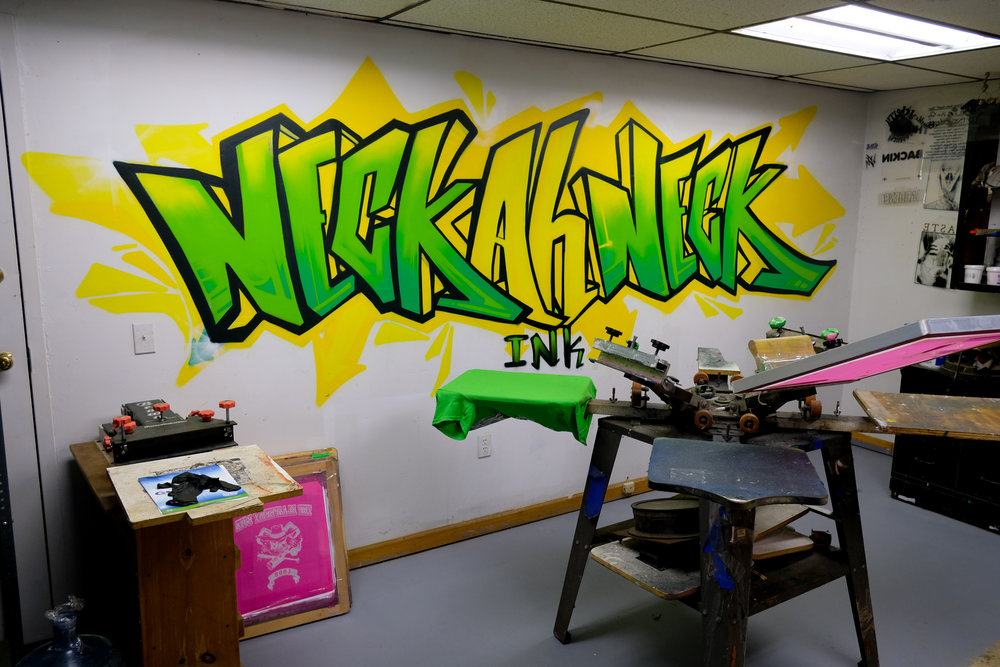 Screen Printing - Neckahneck is a full service custom screen printing and DTG print shop in West Hartford CT