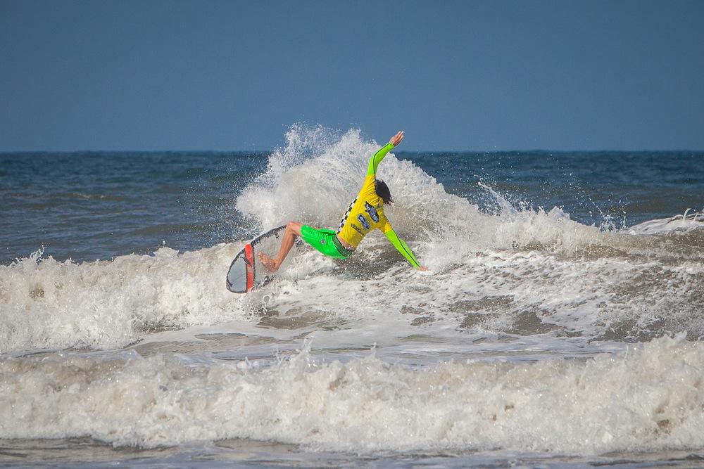 082012ESL_0046_Surfing.jpg