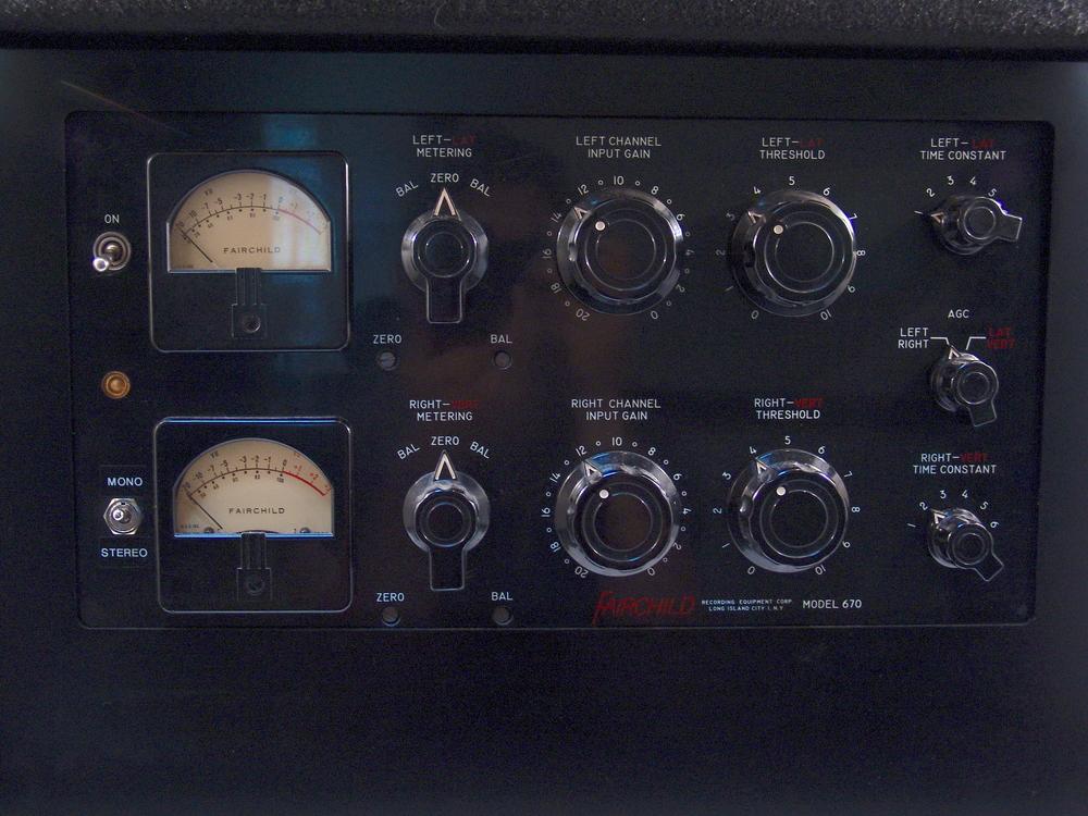 Fairchild 670 Stereo Compressor/Limiter