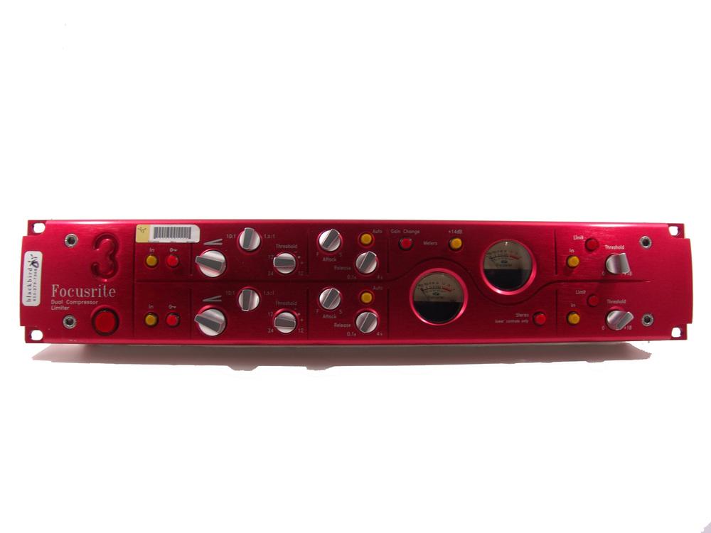 Focusrite RED-3.JPG