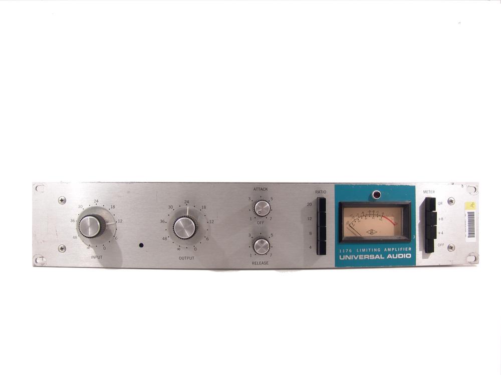 Universal Audio 1176 Blue Stripe.JPG