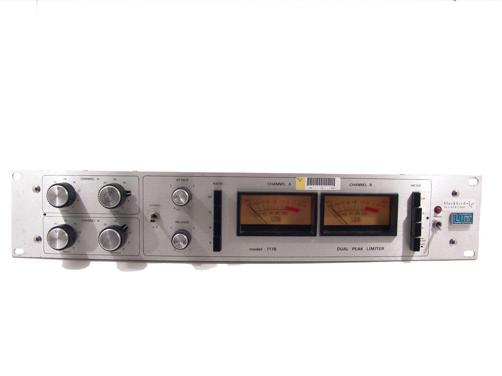 Universal Audio 1178.JPG