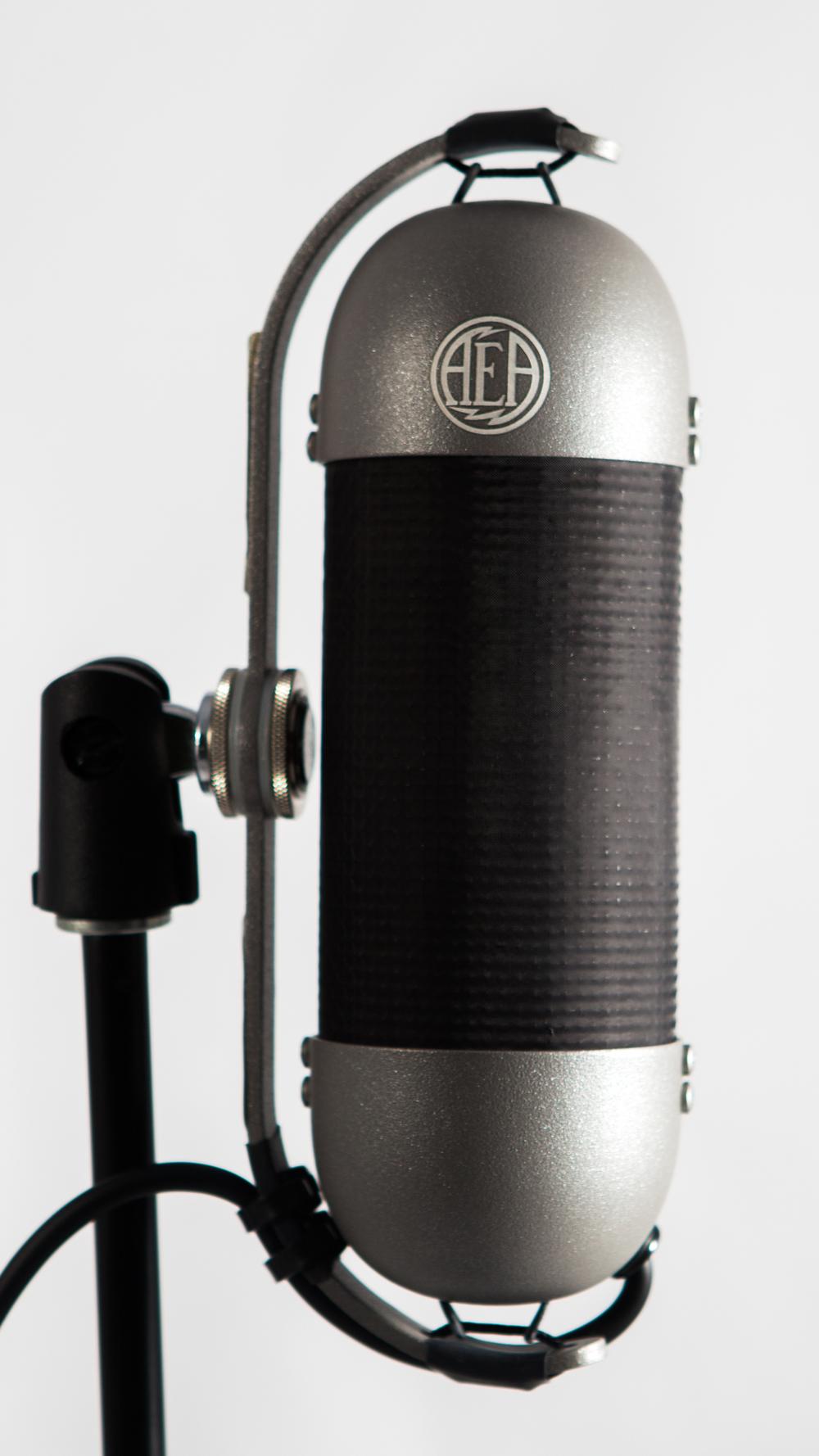 AEA R92
