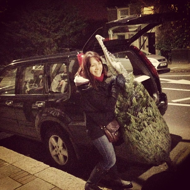 Getting our first real Xmas tree tonight!! #tree #xmas #decorations #london #december #photography