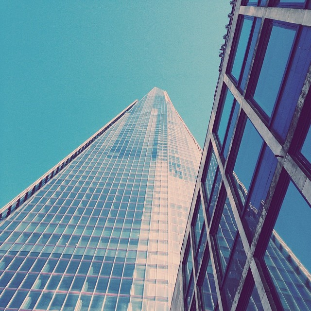 Is fun to see things from a different view point - London #city #London #londonbridge #Shard #niceday