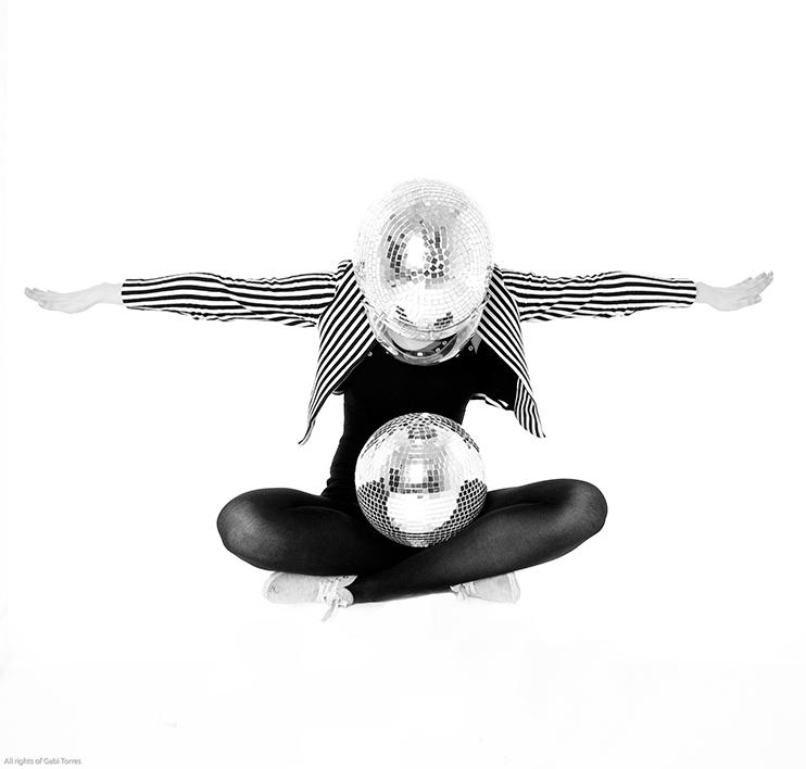 flight away…..The Russian Club studios 2011