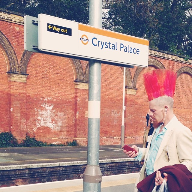 Lol… And fashion follows me home! I can't stop taking pictures of people!! #fashion #crystalpalace #station #london #photography #people #man #southeastlondon #hair-style #punk #style