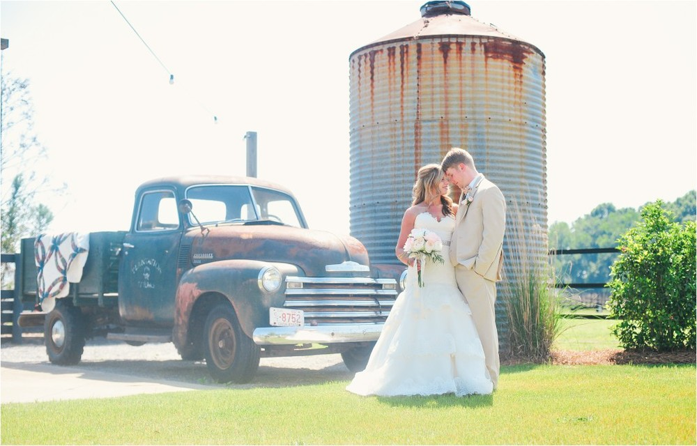 Plantation Farms Wedding in Byron, GA | Photo by Ashlee Culverhouse