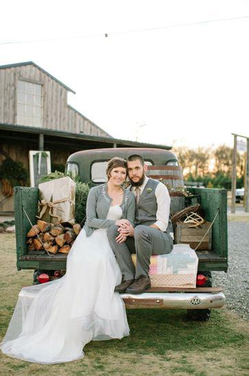 Plantation Farms Wedding in Byron, GA | Photo by Haley Sheffield