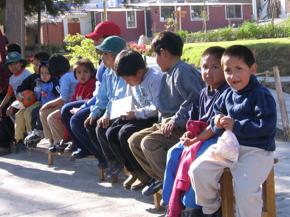 _0007_schoolchildren.jpg