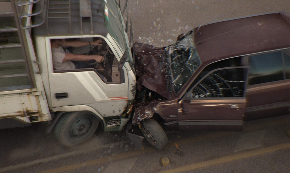 car-crash-3D-movies-tv-1023882.jpeg