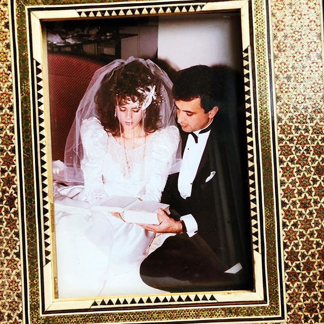 ♥️MAMA & PAPA♥️ 30 YEARS 🏆 9.9.1988 #love #happyanniversary #30years #loveyoutothemoonandback 💫💫♥️