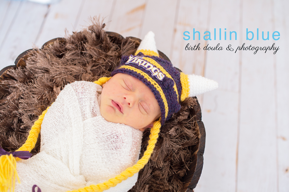 newbornphotographermarineshawaii.jpg