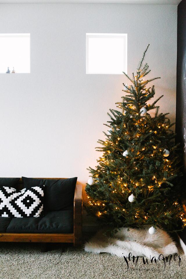 christmas-office-decor