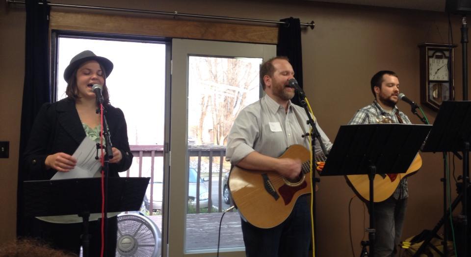 Easter-2014-worship.jpg