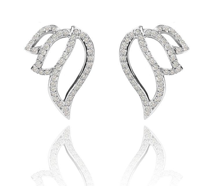 Brinco Leaves   Ouro branco 18k e diamantes  R$ 5850,00  Cod. LMFTBRLEA