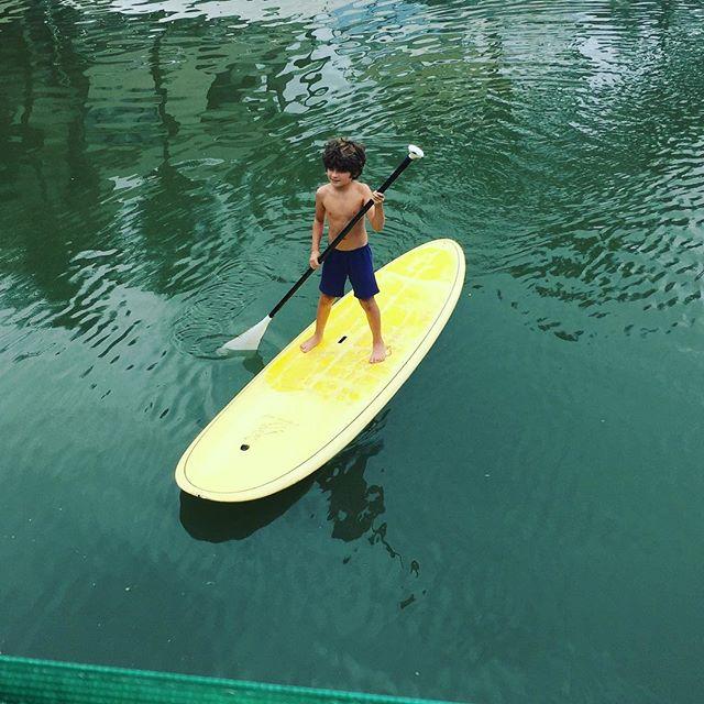 Agora ele tá assim, soltin!!!#sup #surf