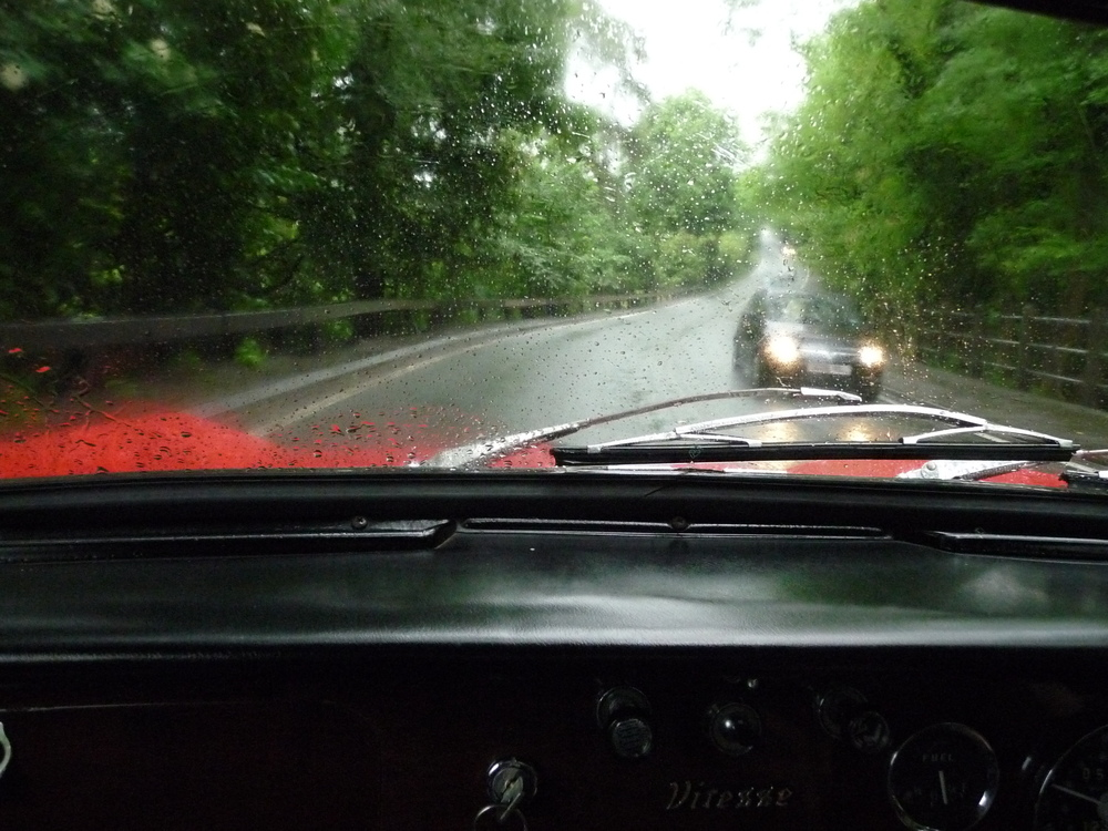 The Writing Man pilots the Triumph Vitesse through the rain