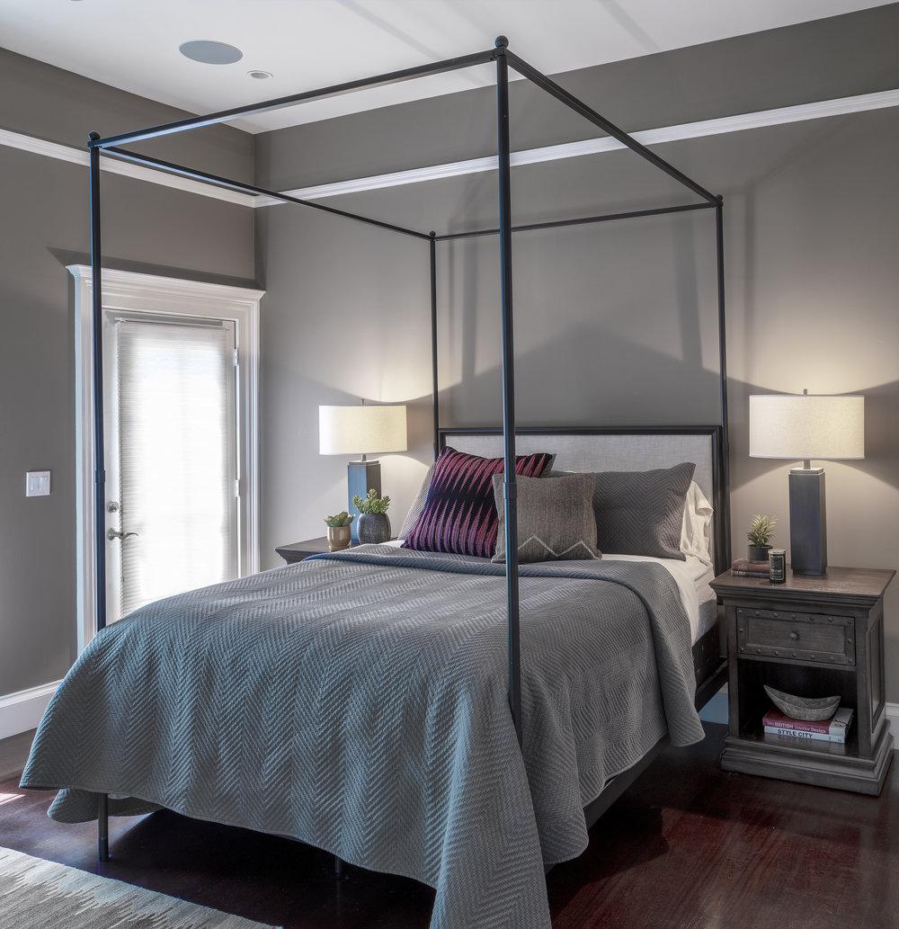 09_Guest Bedroom.jpg