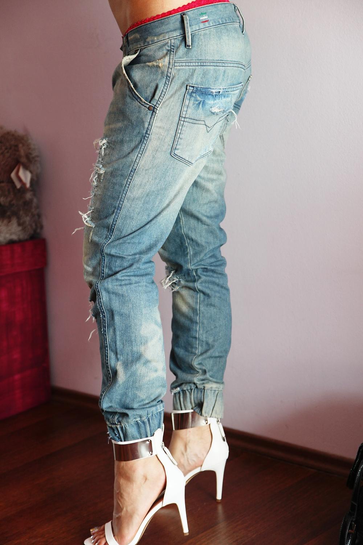 Diana Rogo DIY Ripped Jeans Boyfriend