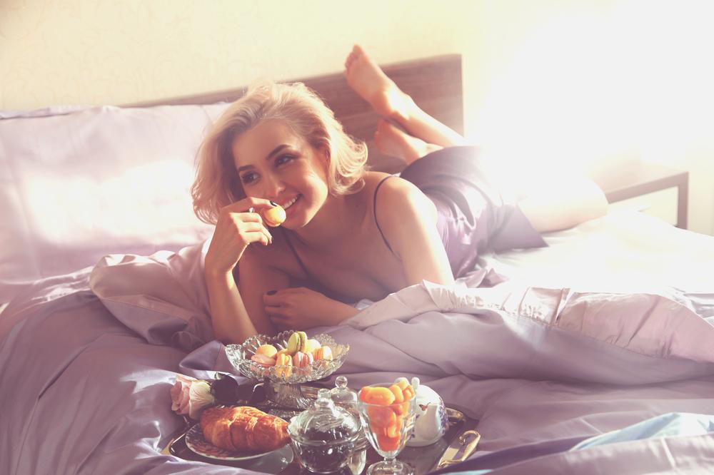 Diana Rogo breakfast in bed
