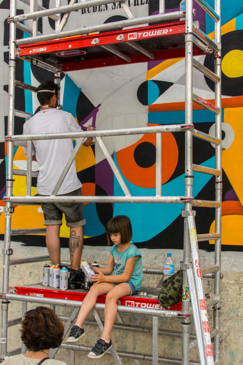 Rubén Sánchez - MurosTabacalera by Guillermo de la Madrid - Madrid Street Art Project.jpg