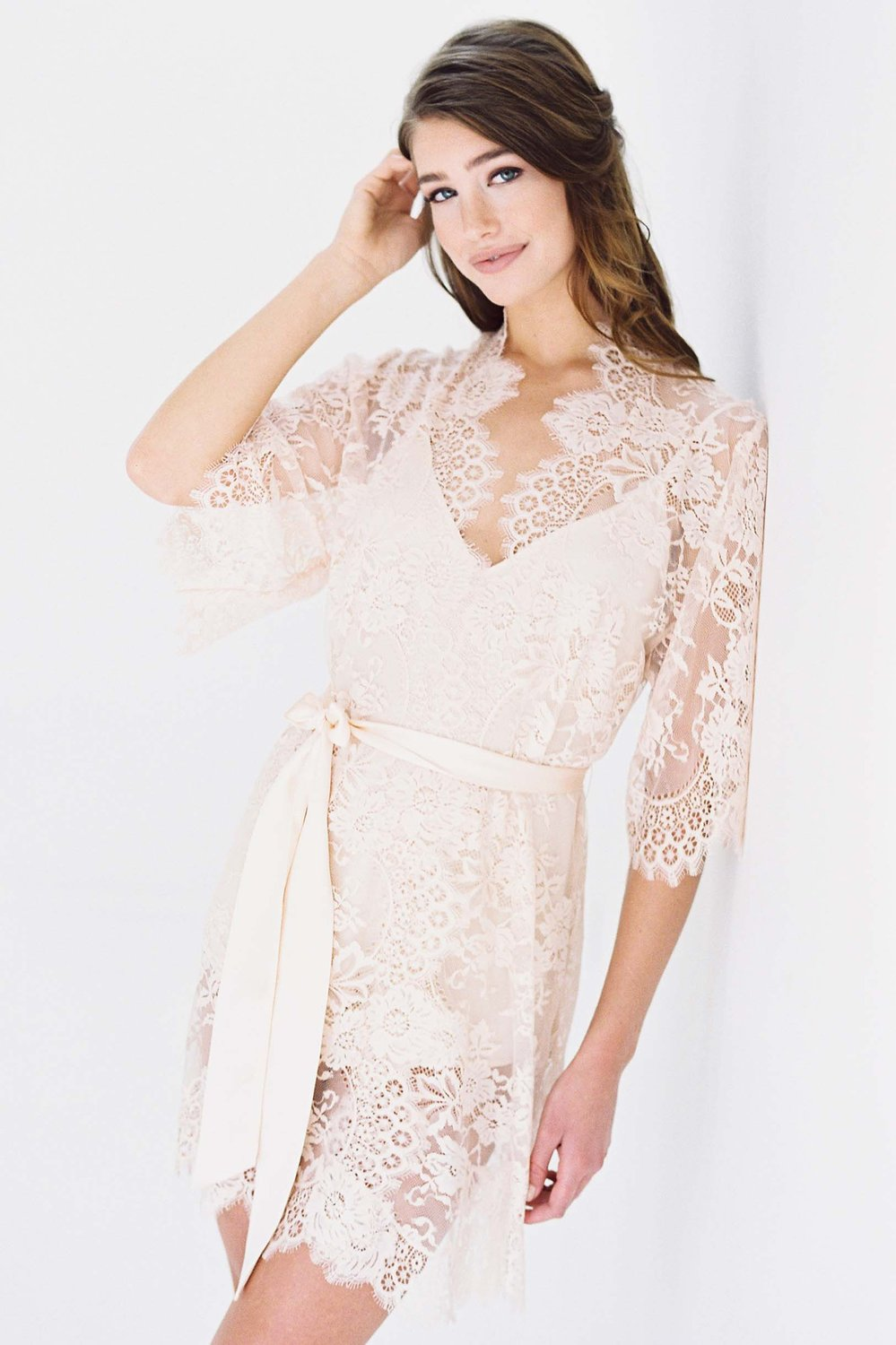 SWAN QUEEN LACE ROBE