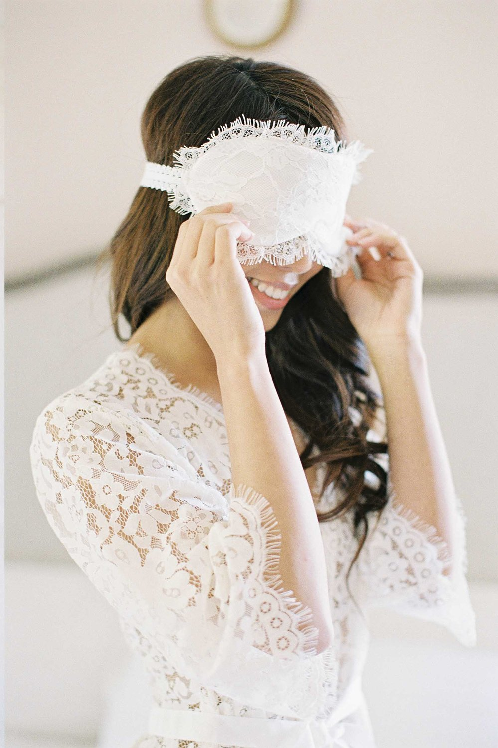 SWAN QUEEN LACE SLEEP MASK
