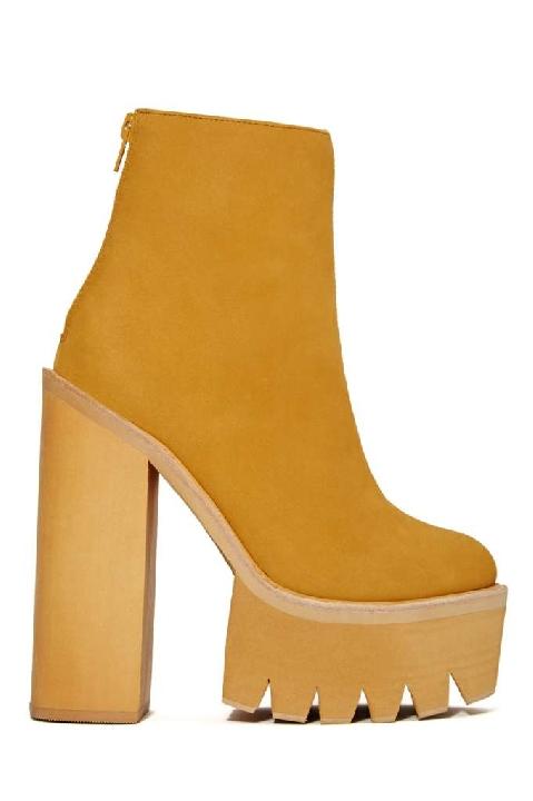 Jeffrey Campbell Mulder Platform Boot - Tan Lyndley Trends Sally Lyndley Fashion Stylist