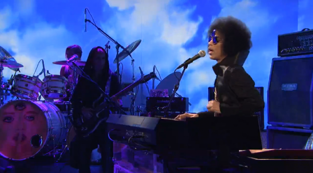 Prince on SNL rocks Gelareh