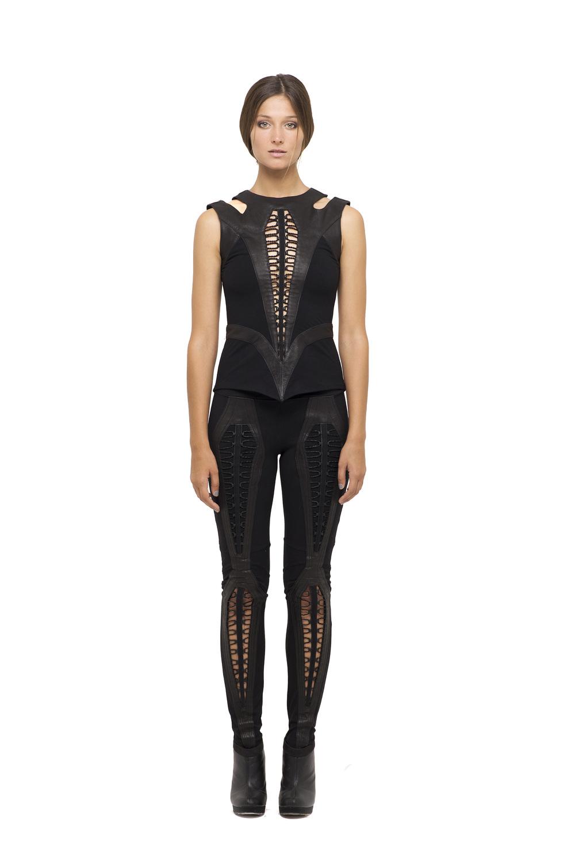 donna top,donna legging black front.jpg