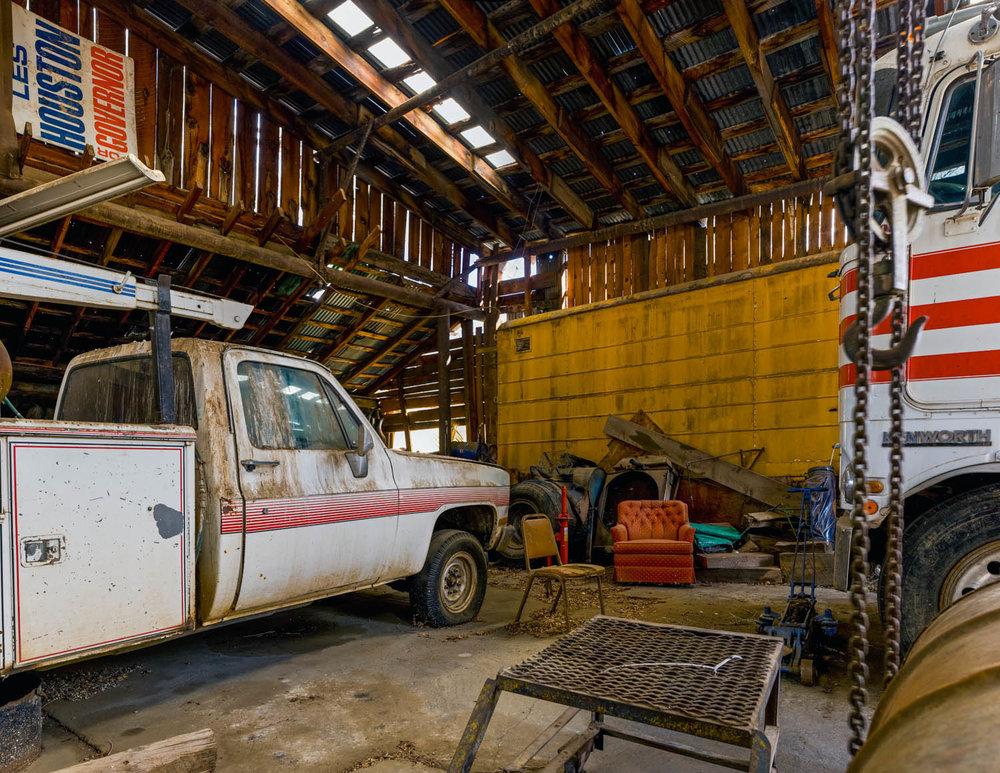 Cuba Garage, New Mexico, April 2011