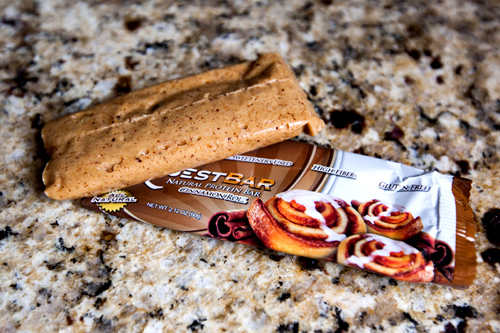 quest-protein-bar-cinnamon-roll-review-2