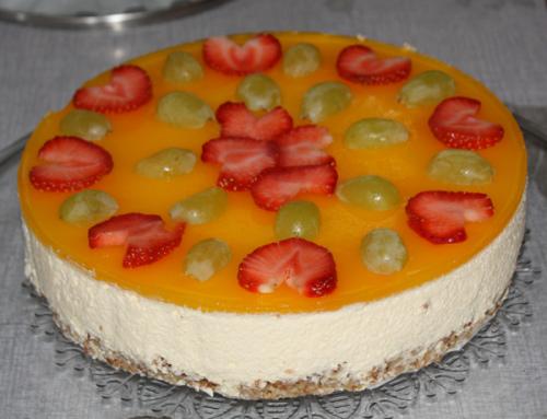 Siden jeg glemte å ta bilde poster jeg et annet bilde som jeg tok en annen gang jeg laget kaken :) Druene var bare til pynt ;)