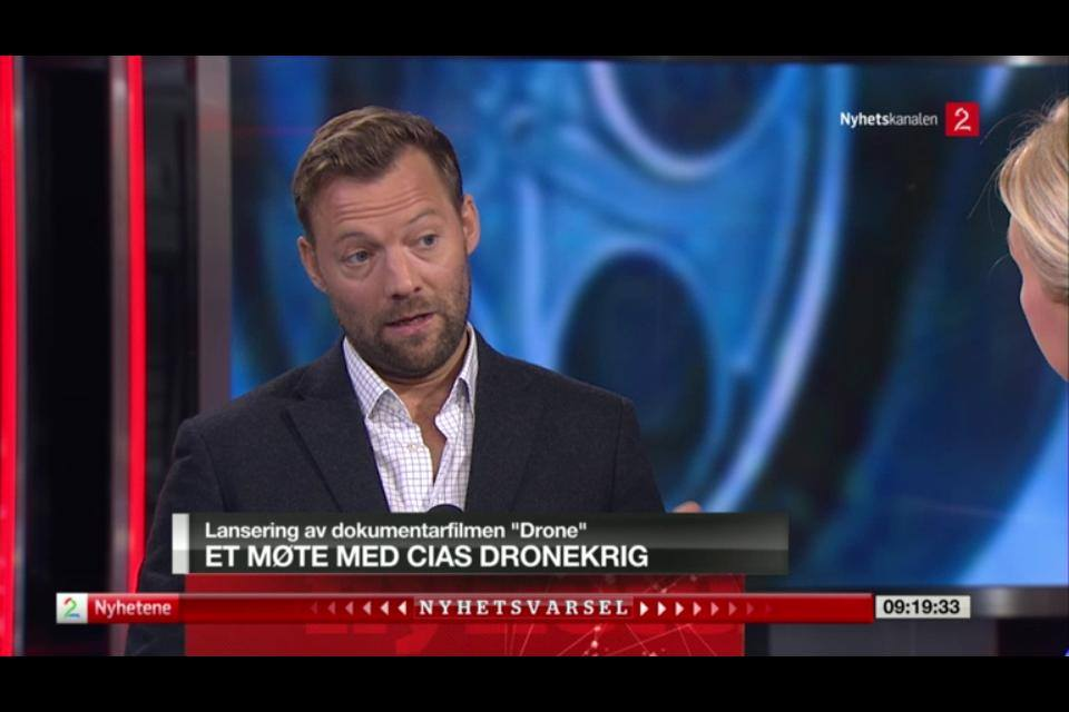 Drone Producer Lars Løge was in TV2's news studio September 1st and talked about the upcoming Norwegian premiere.