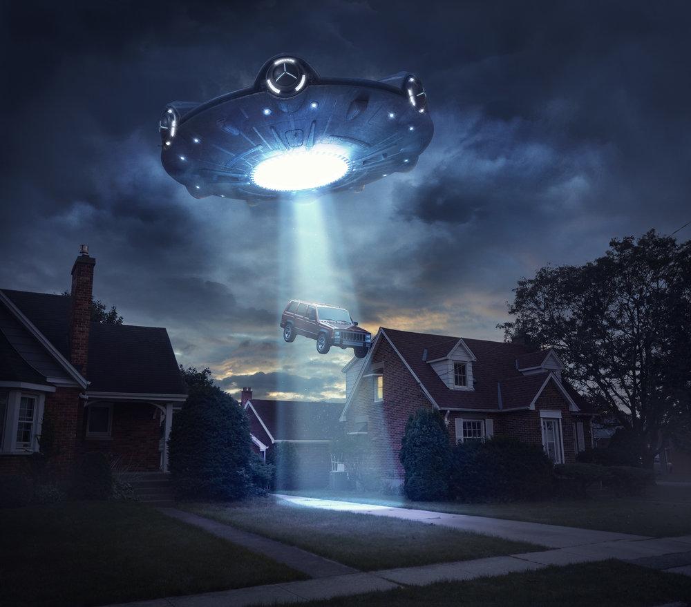 UFO SCENE WEB.jpg