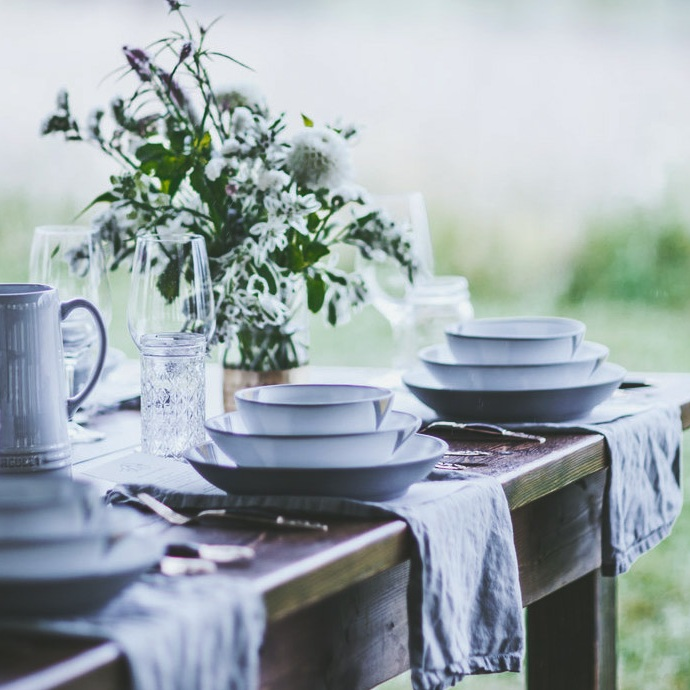 WildWeddingtableware2.jpg