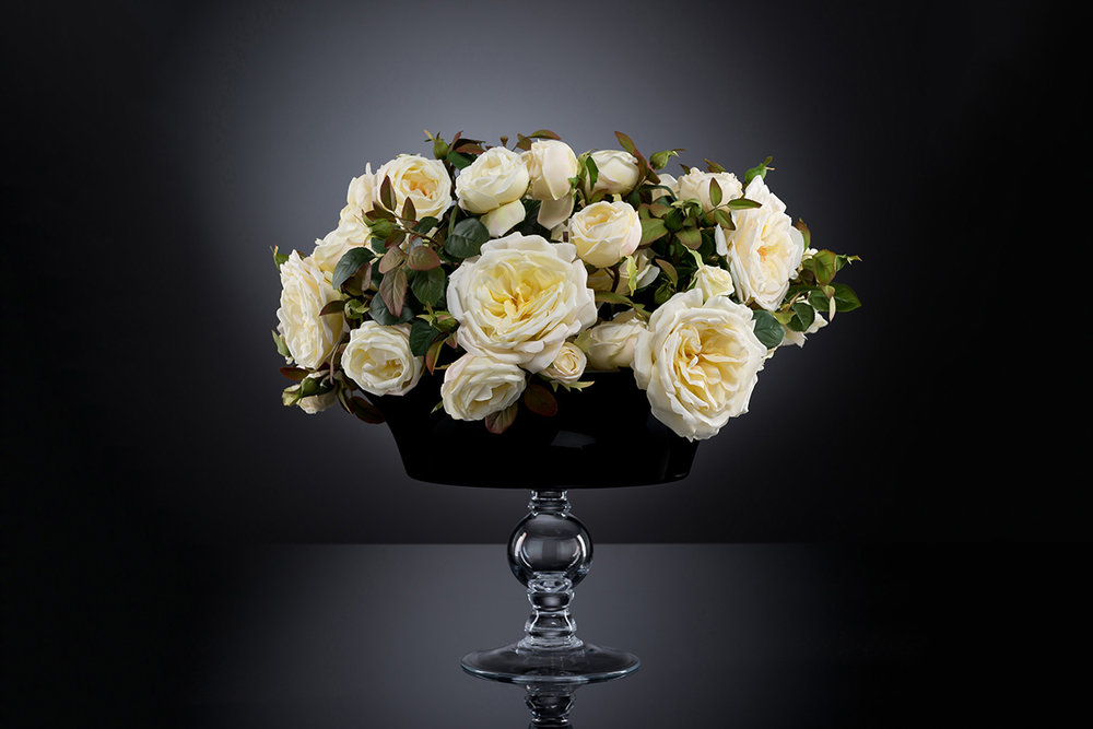 Table floral decor by VG New Trend - Masha Shapiro Agency.jpg