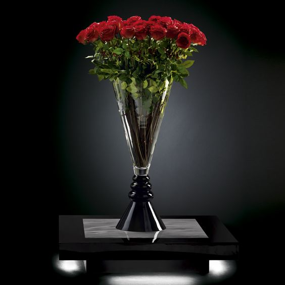 VG for Valentine's Day - Stunning Faux Florals Celebrating Love - Masha Shapiro Agency.jpg