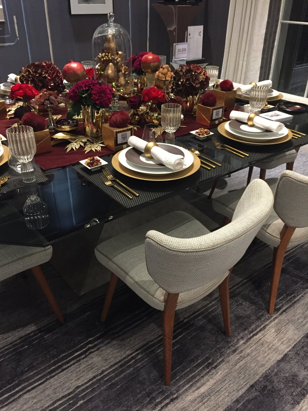 Holiday House London, An Interior Design Event With A Cause - Rachel Laxer Interiors festive dining table.JPG