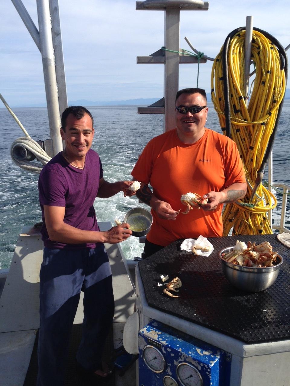 Robert & Shaun eating crab on NV.JPG