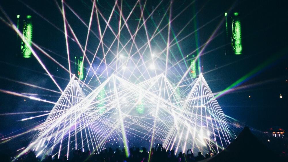 {Transmission lasers.}