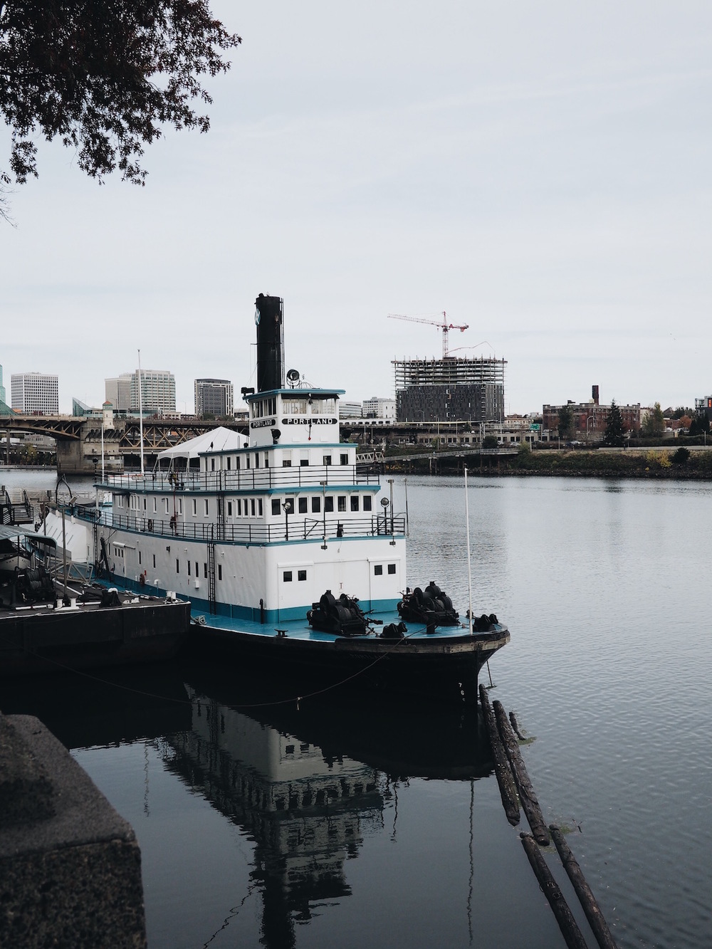{Boat/museum.}