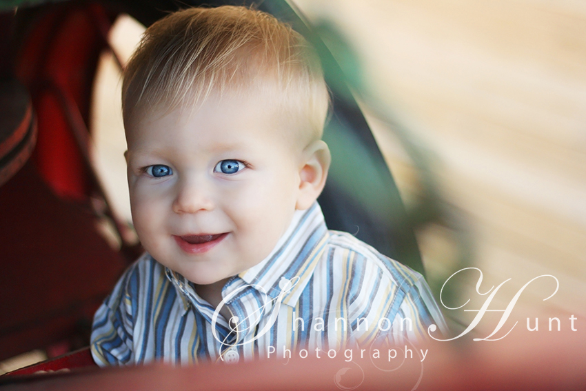Nice bokeh effect captured by child photographer Shannon Hunt: Frisco, TX