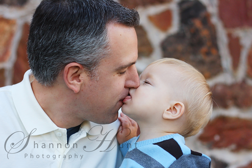 Dallas Area family getting portrait photography
