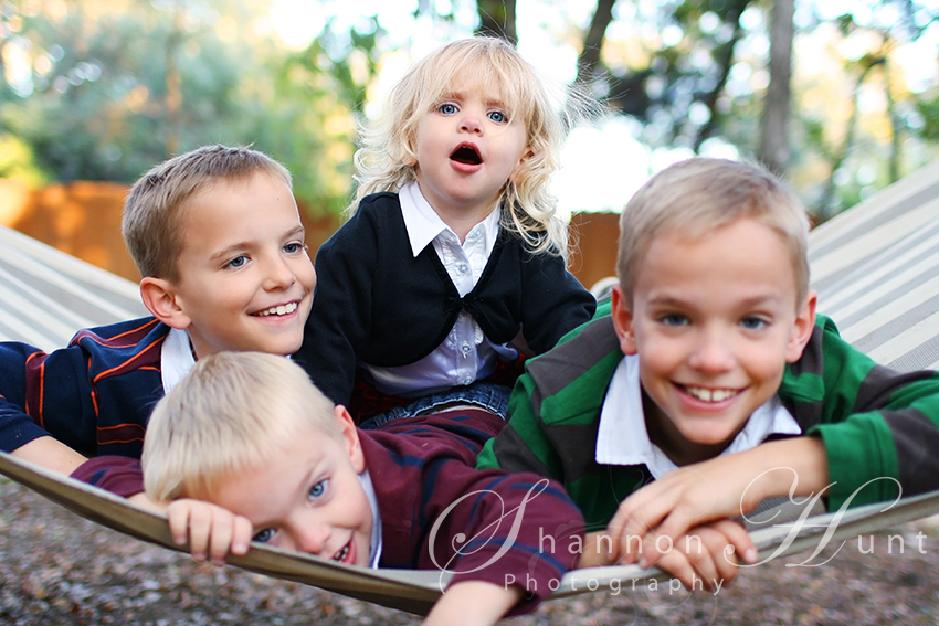 kids on hammock by Temple TX photographer