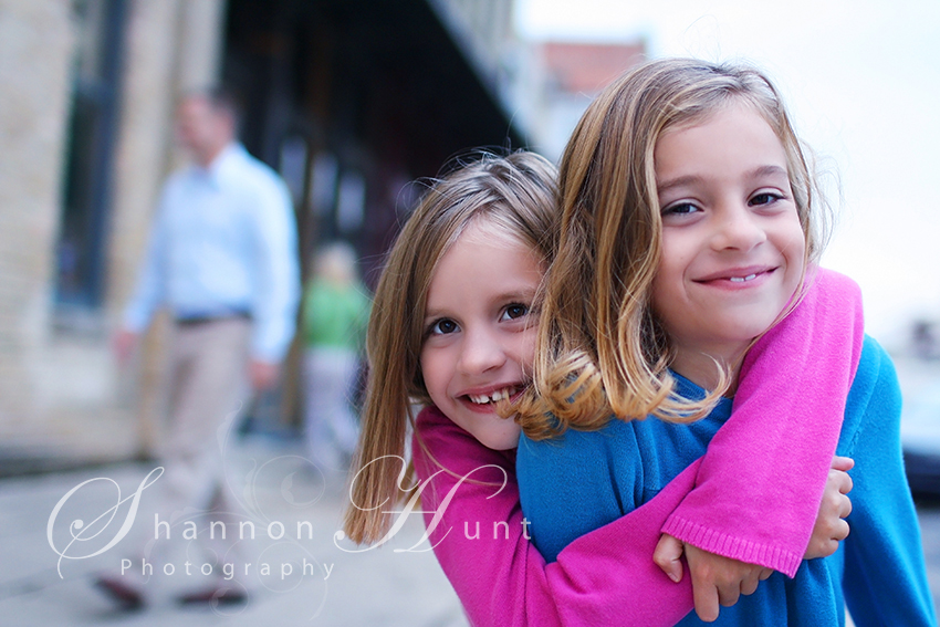 sisters by Temple, TX kids photographer